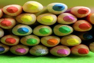 Lead image thumb crayons 4694423 640
